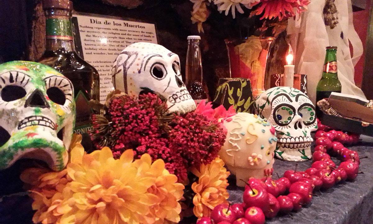 Dia de Los Muertos Music and literary ofrendas